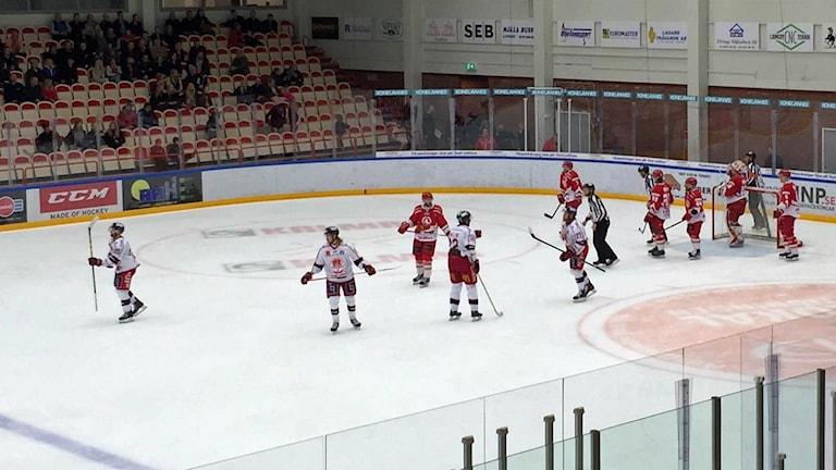 Troja/Ljungby mot Västerviks IK i kvalserien.