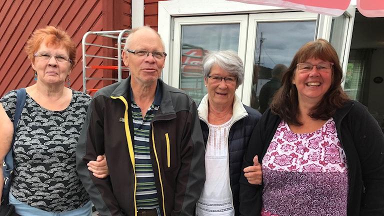 Marie-Louise Bjerkhaug, Per Olof Bjerkhaug, IngerDahlkvist och Sonja Hedman Folke som alla bor i Blankaholm och kämpar för samhällets överlevnad.