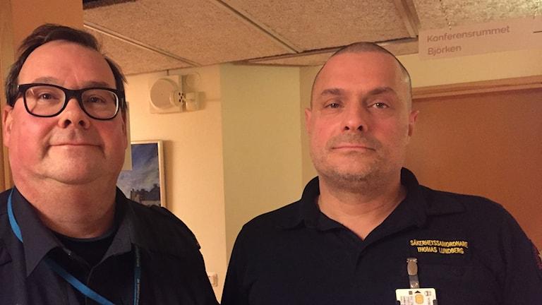 Mikael Sjöström kommunpolis Emaboda och Thomas Lundberg säkerhetscehf Nybro