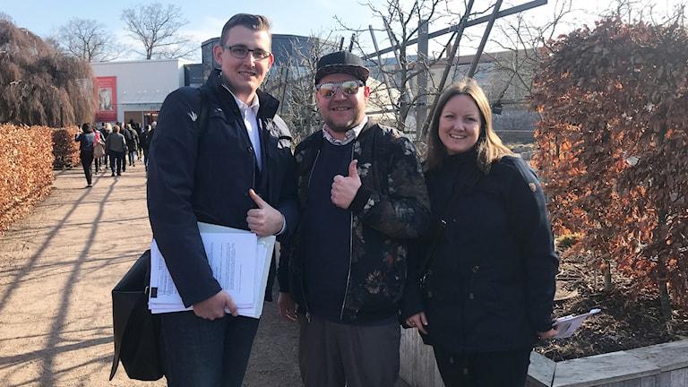 Camilla Karlsson och Peter Knutsson tillsammans med Marcin Zuchowski.