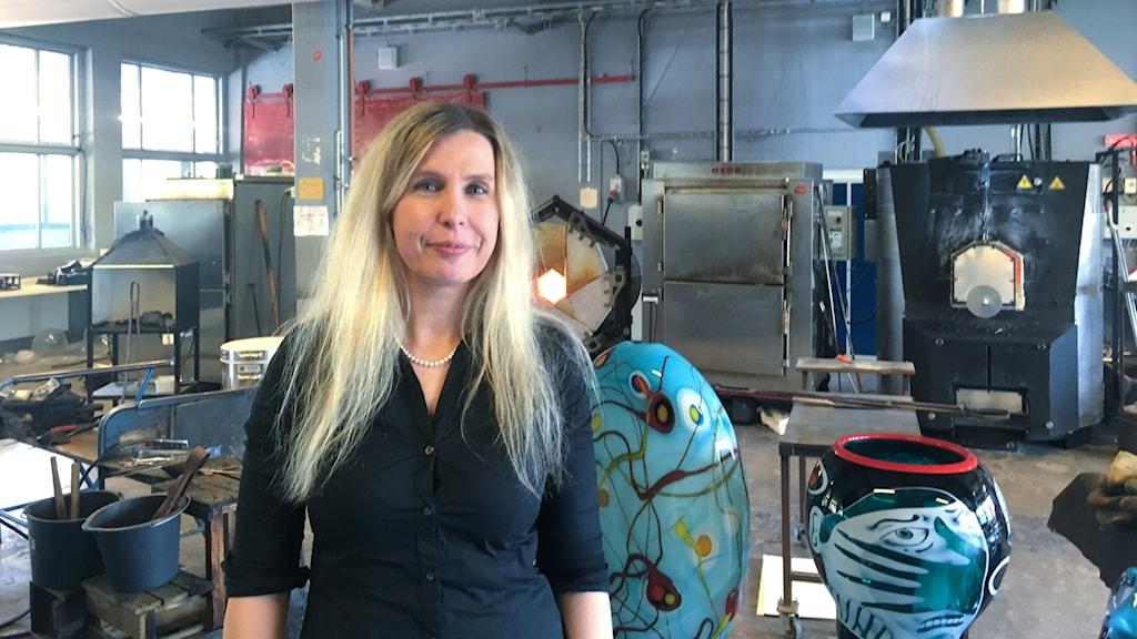 Maja Heuer, museichef på The Glass Factory i Boda