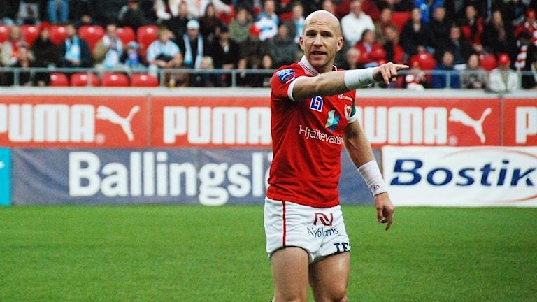 Henrik Rydström i Kalmar FF-tröja och shorts.