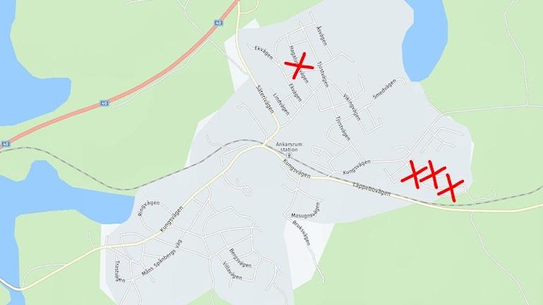 Karta över Ankarsrum med röda kryss markerade.