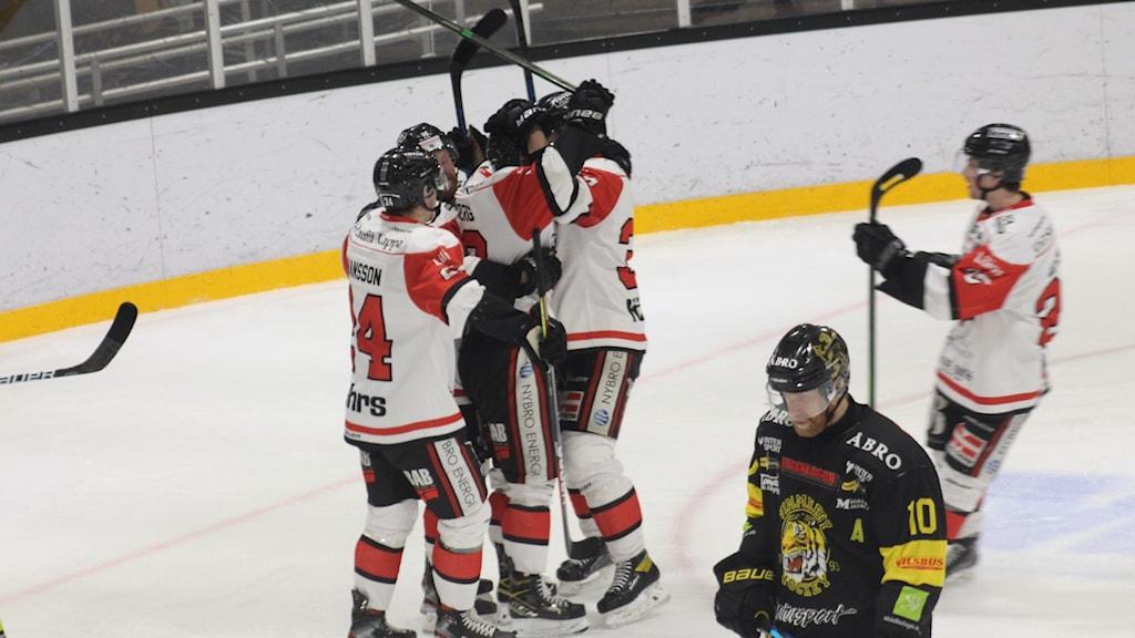 Måljubel för Nybro Vikings.