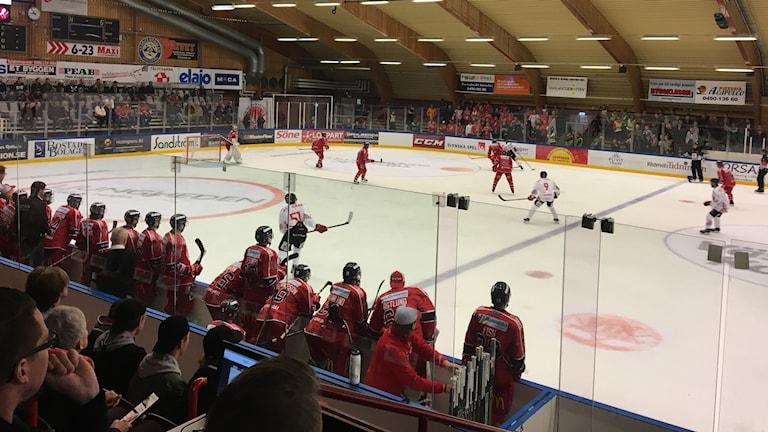 Västerviks IK och Vita Hästen i spel.