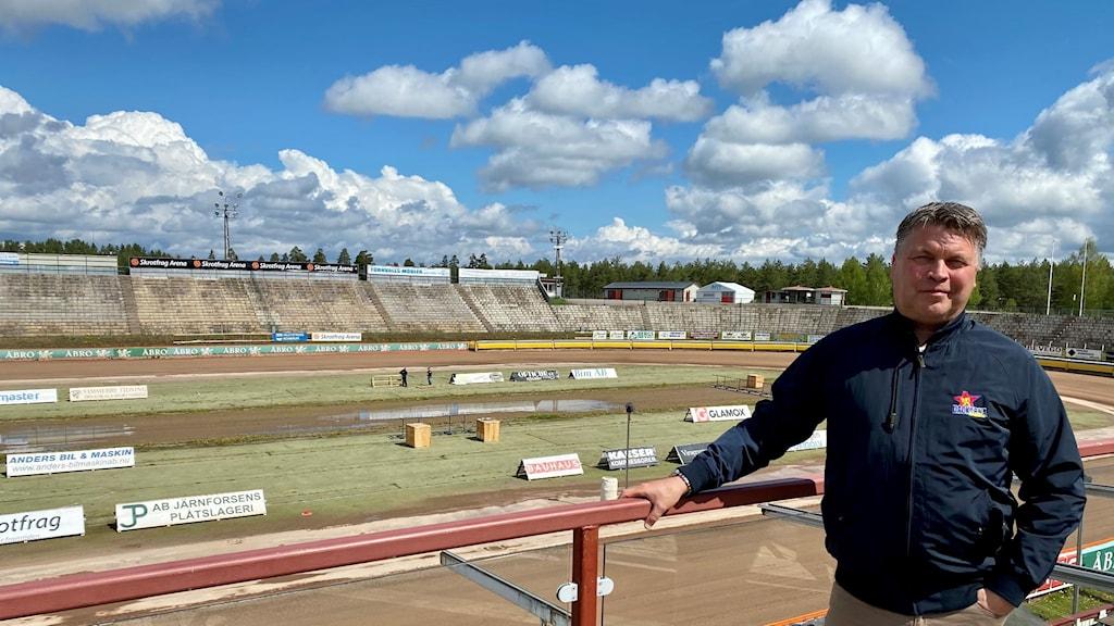 Mikael Teurnberg på motorstadion i Målilla