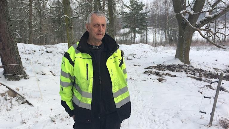 Kenth Fjällroth i vinterlandskap.