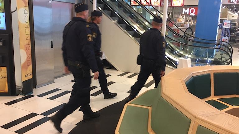 Poliser som är med i terrorövningen i Kalmar