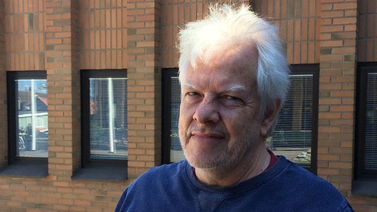 Porträttbild på Björn Holm