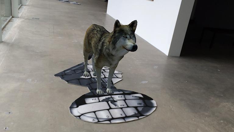 Dataanimerad varg i konsthallen