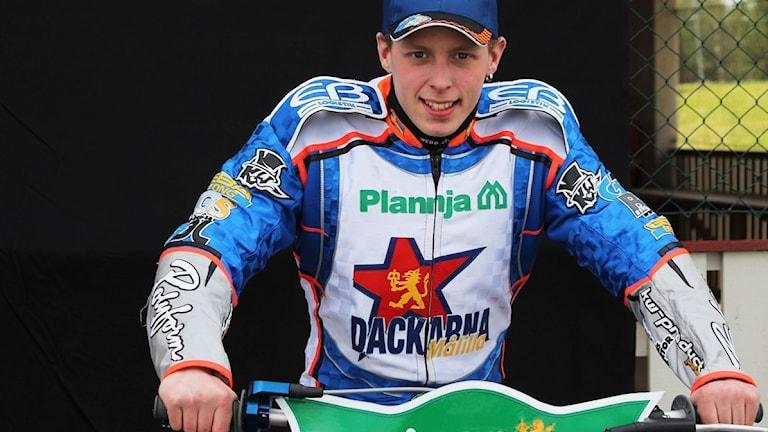Joel Larsson på speedwaymotorcykel
