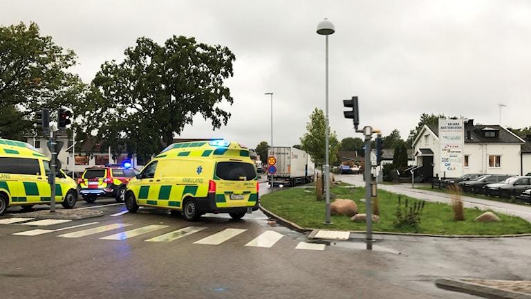 Ambulans och räddningstjänst på Slöjdaregatan