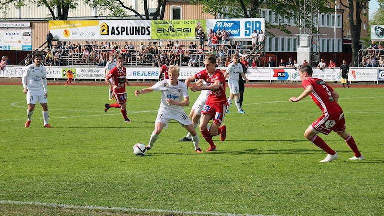 Skövde AIK spelar mot Oskarshamns AIK.