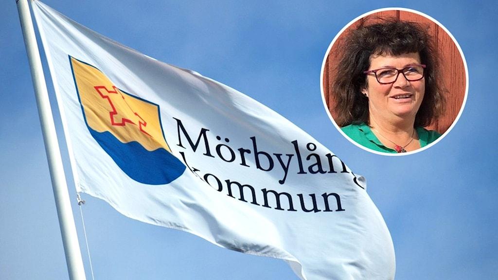 En flagga som det står Mörbylånga kommun på.