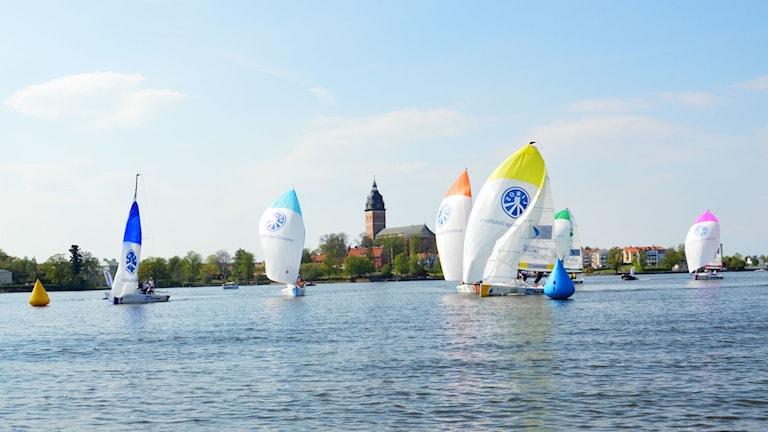 segelbåtar på vatten