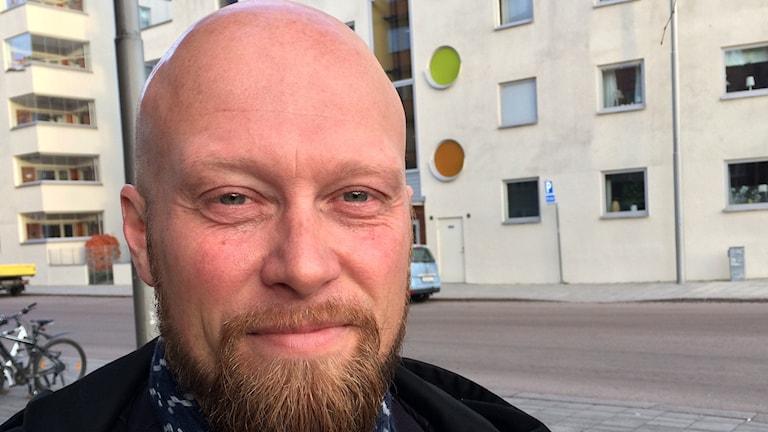 Mikael Danielsson, tidigare allsvensk fotbollsspelare. Foto: Fredrik Blomberg/Sveriges Radio.