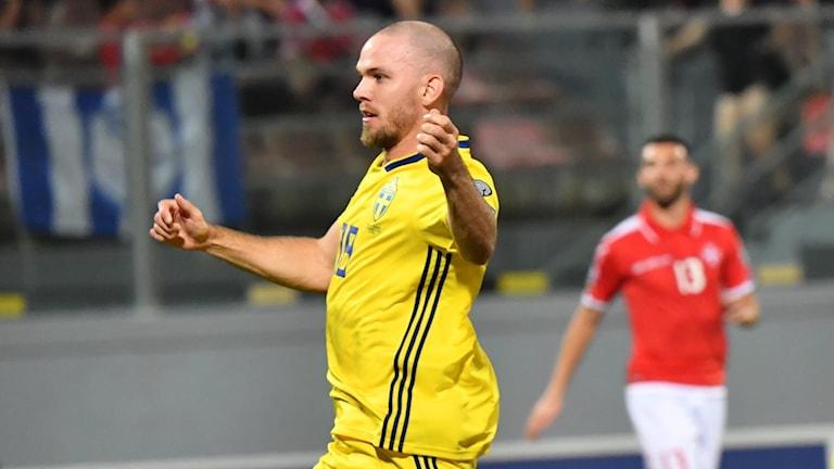 Marcus Danielsson gör 1-0 för Sverige mot Malta.