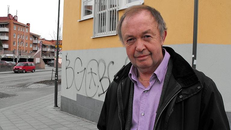 En bild på Arne Rutgersson, säkerhetschef på Strängnäs kommun. Foto: Ludvig Drevfjäll/Sveriges Radio.