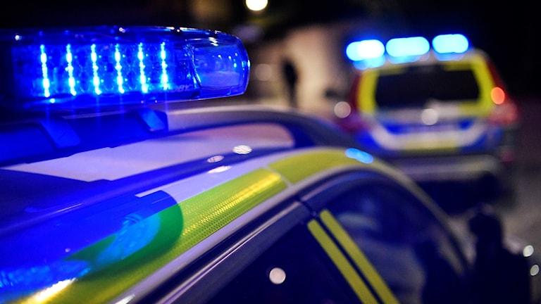 Blåljus på polisbilar