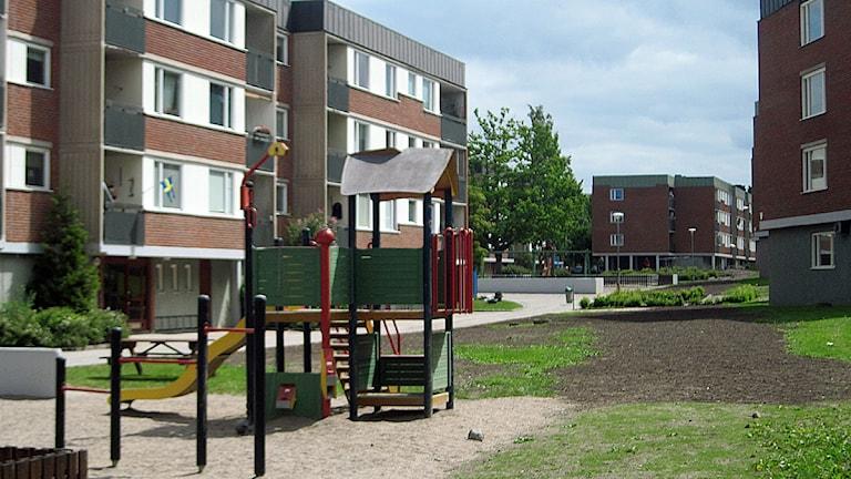 Kommunalt hyreshus - Kommunfastighet, Eskilstuna. Området Skogsängen. Foto: Michael Berwick/Sveriges Radio.
