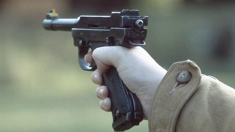 Vapen, pistol