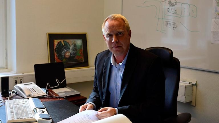 Jens Persson (C) Kommunstyrelsens ordförande i  Strängnäs. Foto: Per Thyrén/Sveriges Radio.