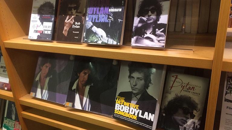 Bob Dylan- hylla på Stadsbiblioteket i Nyköping