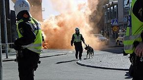 Det blev upplopp mellan Svenskarnas parti och delar av vänsterextrema vid 1 maj 2012. Foto: Mochael Berwick/Sverige Radio.