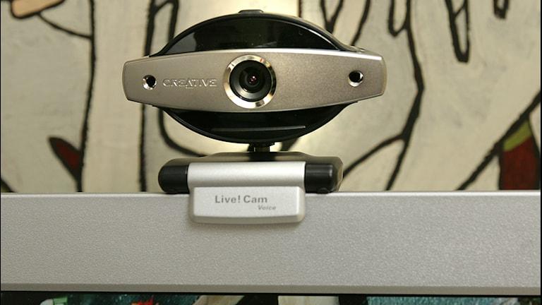 En webbkamera på en datorskärm. Foto: Jonas Ekströmer