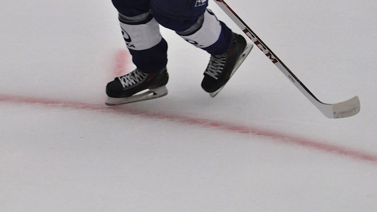 Ishockeyspelare. Foto: Emil Holmgren/Sveriges Radio.