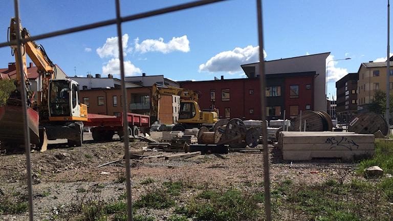 Bostadsområde som håller på att byggas i Eskilstuna. Foto: Fredrik Blomberg/Sveriges Radio.