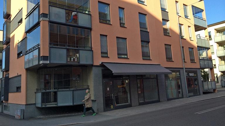 Bostadsrätter i centrala Eskilstuna. Foto. Fredrik Blomberg/Sveriges Radio.