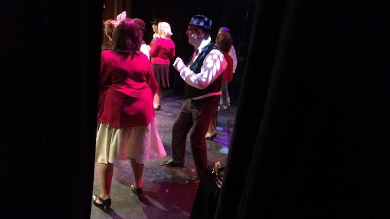 Dansare på scen. Foto: Katarina Larsson/Sveriges Radio.