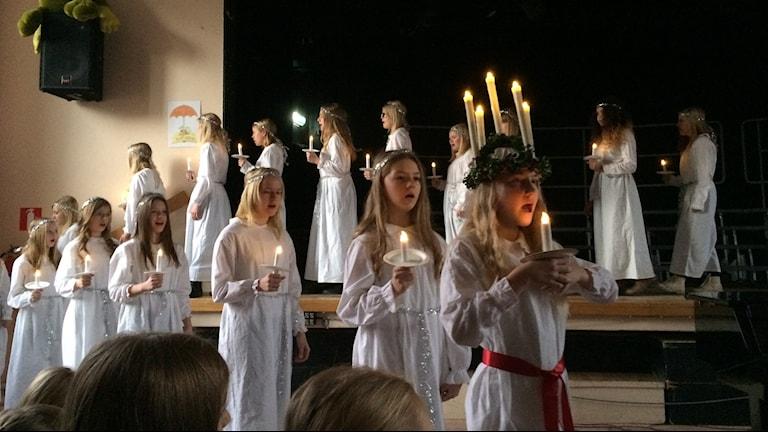 Luciatåg. Foto: Fredrik Lorenzoni/Sveriges Radio.