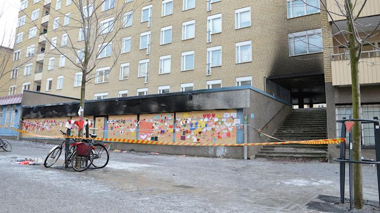 Moskén i Eskilstuna där det brann på juldagen. Foto: Ida Lindhagen/Sveriges Radio.