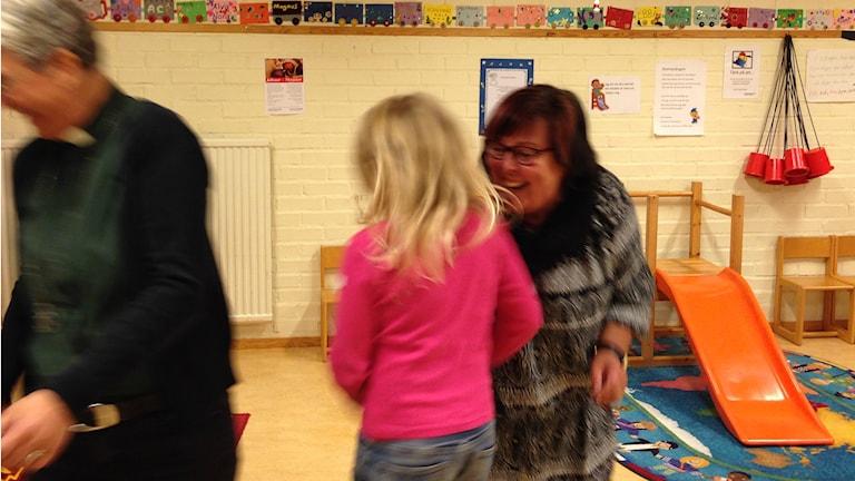 Monika Olsson, Nova Blauberg, Tuula Joenpolvi. Foto: Ida Lindhagen/Sveriges Radio.
