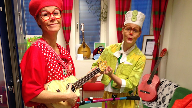 Tant Prick och Åttan i sitt rum på Mälarsjukhuset. Foto: Kerstin Svenson.