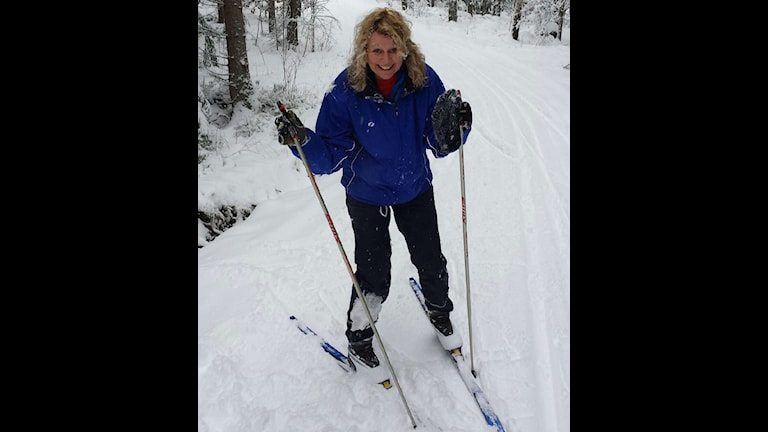 Lotten Bergman på skidor. Foto: Privat.