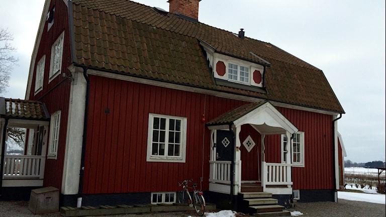 Röda villan. Foto: Katarina Larsson/Sveriges Radio.