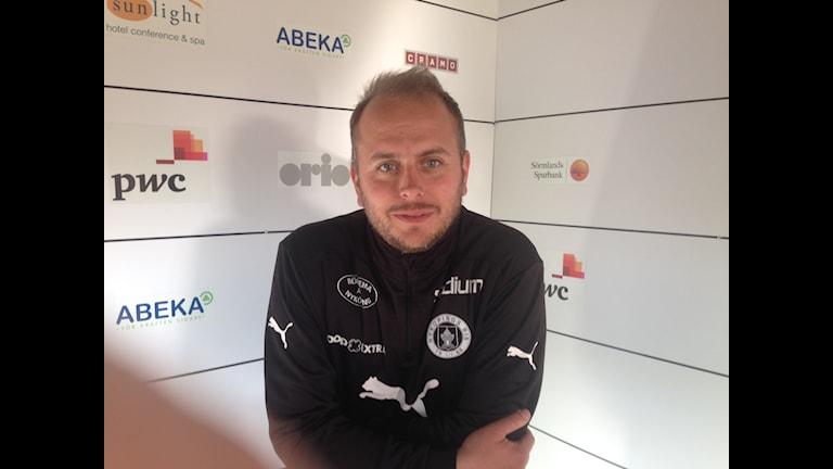 John Wall, tränare i Nyköpings BIS. Foto Leif Johansson/Sveriges Radio