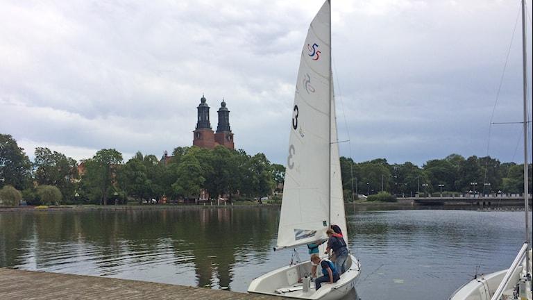 Segelbåt i Eskilstunaån. Foto: Andreas Johnsson/Sveriges Radio