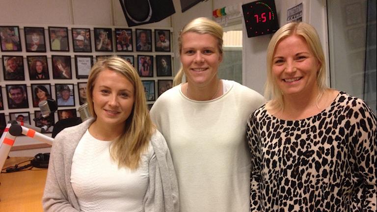 Annina Åman, Emelie Lundberg och Annica Svensson från Eskilstuna United. Foto: Jonas Carnesten/Sveriges Radio
