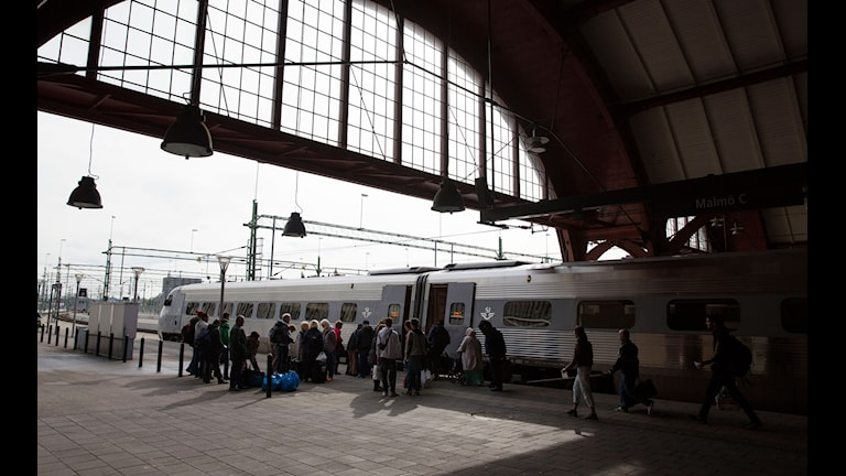 Flyktingar på resecentrum i Malmö. Foto: Ola Torkelsson/TT.