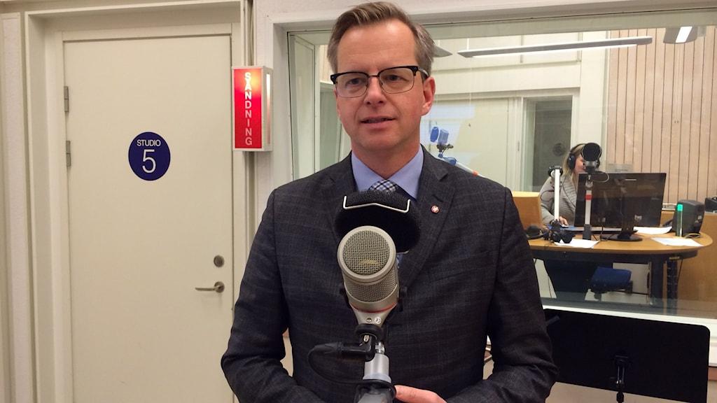 Närings- och innovationsminister Mikael Damberg (S). Foto: Tobias Sandblad/Sveriges Radio.