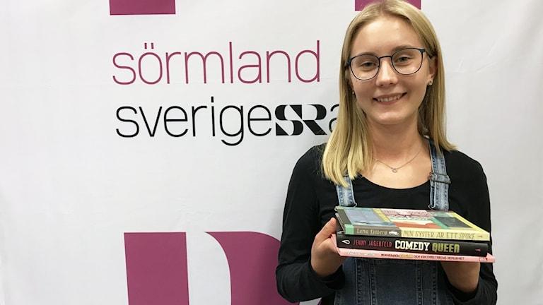 Agnes Lindholm tipsar om böcker.