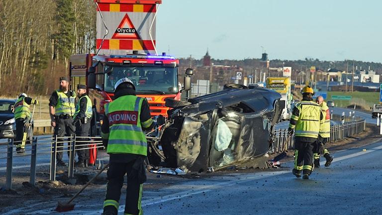 Trafikolycka på E4an vid Nyköpingsbro. Foto: Pontur Stenberg.