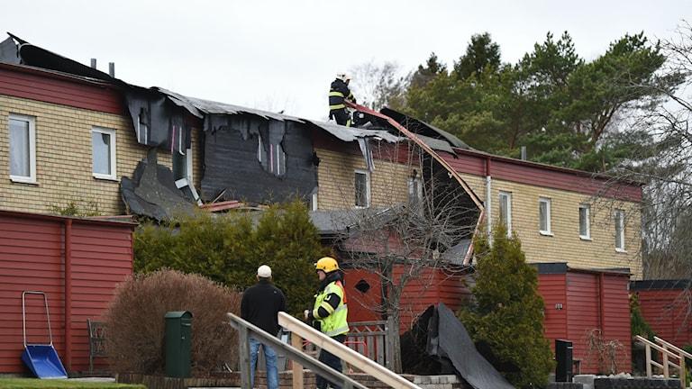 Ingen skadades, men 450 kvadratmeter tak förstördes i blåsten. Foto: Pontus Stenberg