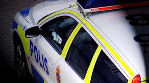 En polisbil sedd ovanifrån.