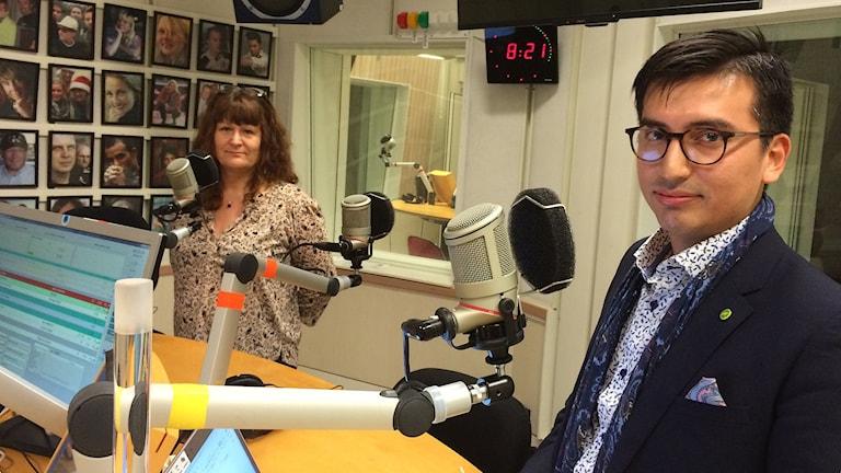 Annelie Klavins Nyström (M) debatterade tiggeriet i Eskilstuna tillsammans med Yuri Silva (MP). Foto: Tobias Sandblad./Sveriges Radio.
