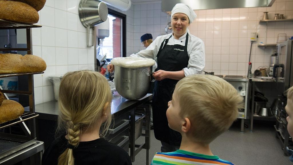 Lillemor Eriksson som är kock på Tessins förskola.